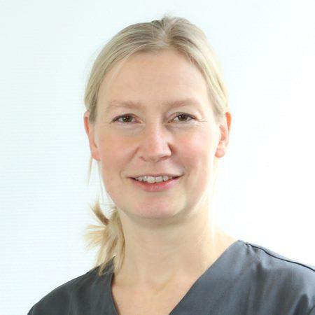 PD Dr. Yvonne Wagner ist die neue Leiterin des ZFZ und Ihrer Zahnarztpraxis Stuttgart